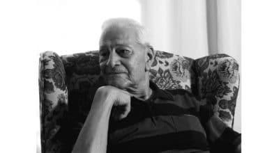 Photo of Türkiye'nin en yaşlı uçak mühendisi Necmüzzafer Orbay vefat etti