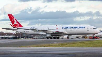 Photo of THY'nin 5'inci A350 uçağı motorlarını bekliyor