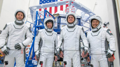 Photo of Dört astronot SpaceX ile uzaya gönderildi