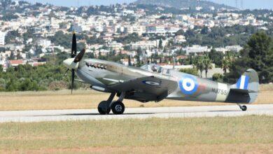 Photo of Yunan Spitfire uçağı TIR'la gitti, uçarak döndü